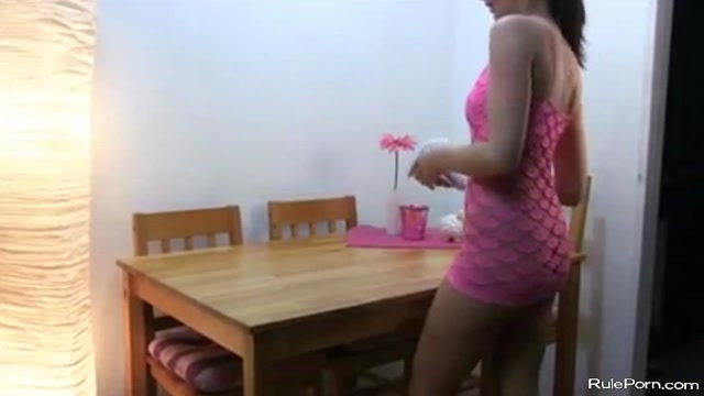 German babe getting hardcore fucked on the kitchen table and acreampied