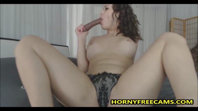 Watch Bubble Butt Babe Gagging And Riding Dildo