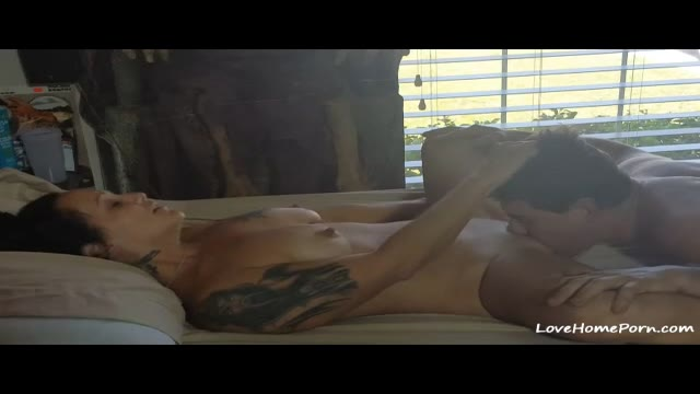 Tattooed Mature Wife Getting Fucked