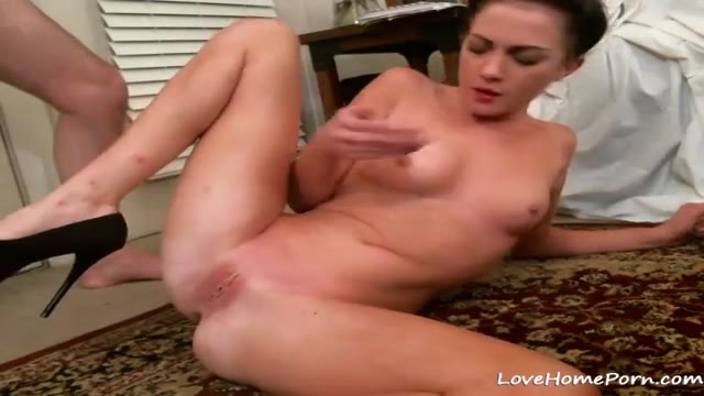 Cock Hungry Girlfriend Gets Wild