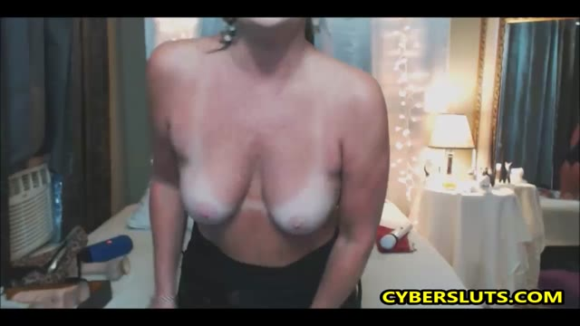 Extreme Blowjob With Horny Milf