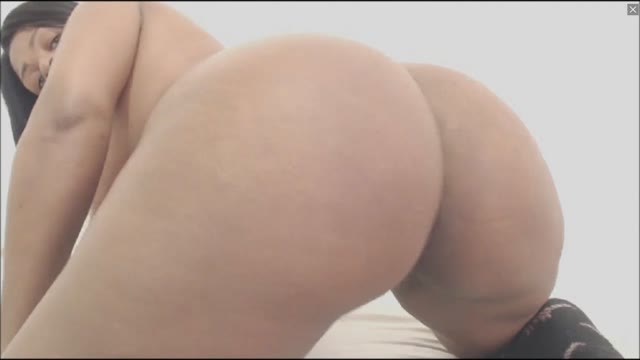 Big Ass Ebony Enjoys Anal And Fingering In Doggy Style