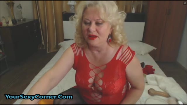 Blonde German Granny Loves Dildo From Ass To Mouth