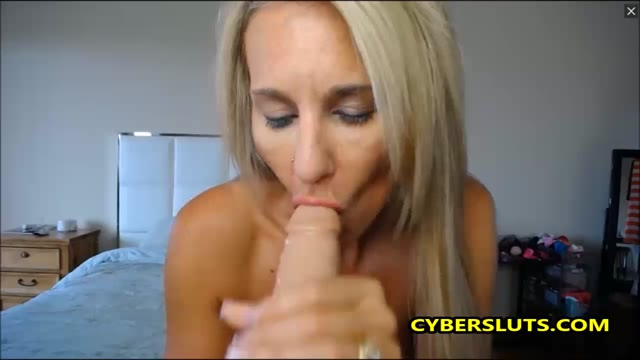 Mature Blonde Got Some Amazing Body