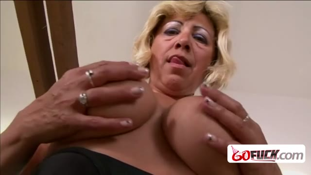Naughty Gilf with big tits and bouncy ass knows very well how to enjoy a big black pecker